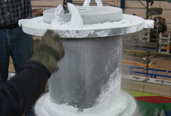 Icing of lifting lugs